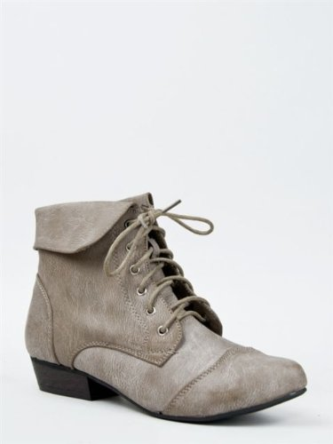 Breckelles Indy-11 Women`S Fold Over Lace Up Oxford Boots