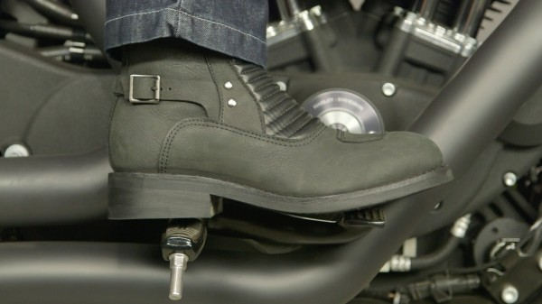 Speed & Strength Women's Speed Society Boots Review at RevZilla.com