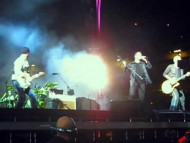 U2 – Get On Your Boots Remix (360 East Rutherford)